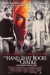 Ver Película La mano que mece la cuna (1992)